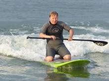 34 Ted surfing SUP