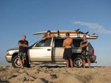 4_amigos_surf_car
