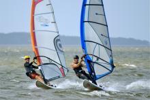 DSC05184 Barrett & Gene together on 6 meter sails & 84 liter boards (photo Marcel).jpg