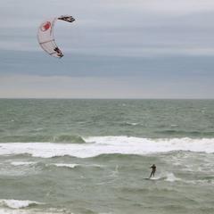 Pro kiter in surf
